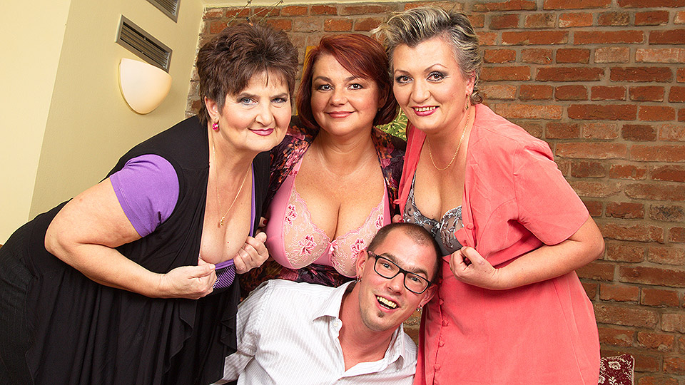 Three mature ladies fucking one lucky dude from Mature nl